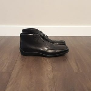 Tod's Shoes - Men's Tod's Black Leather Dress Chukka Boot